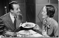 72317672-couple-dinner